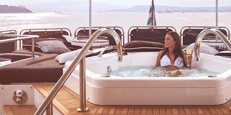 Luxury-charter-special